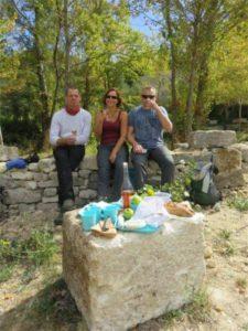 Picknick im Steinbruch